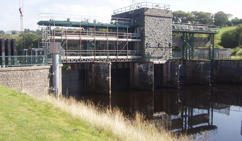 Bala flood gates at the River Dee