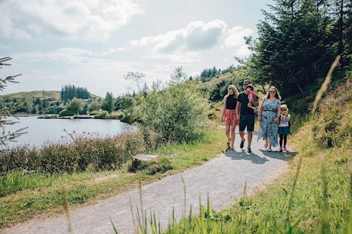 Family on Barcud Trail