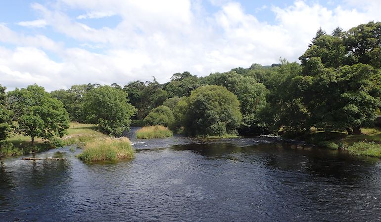 Image of the river Dee